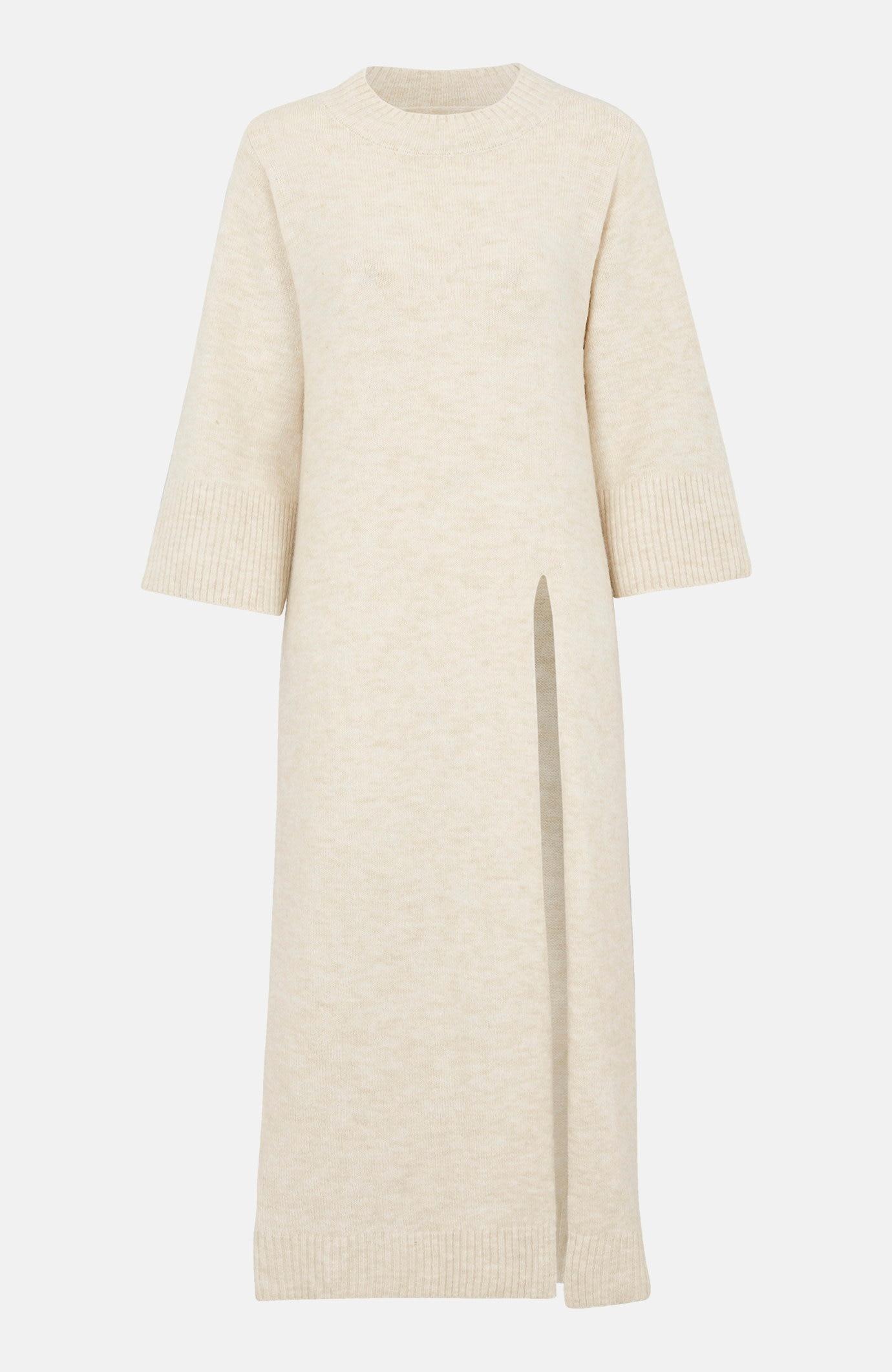 Pletené šaty s vysokým rozparkem