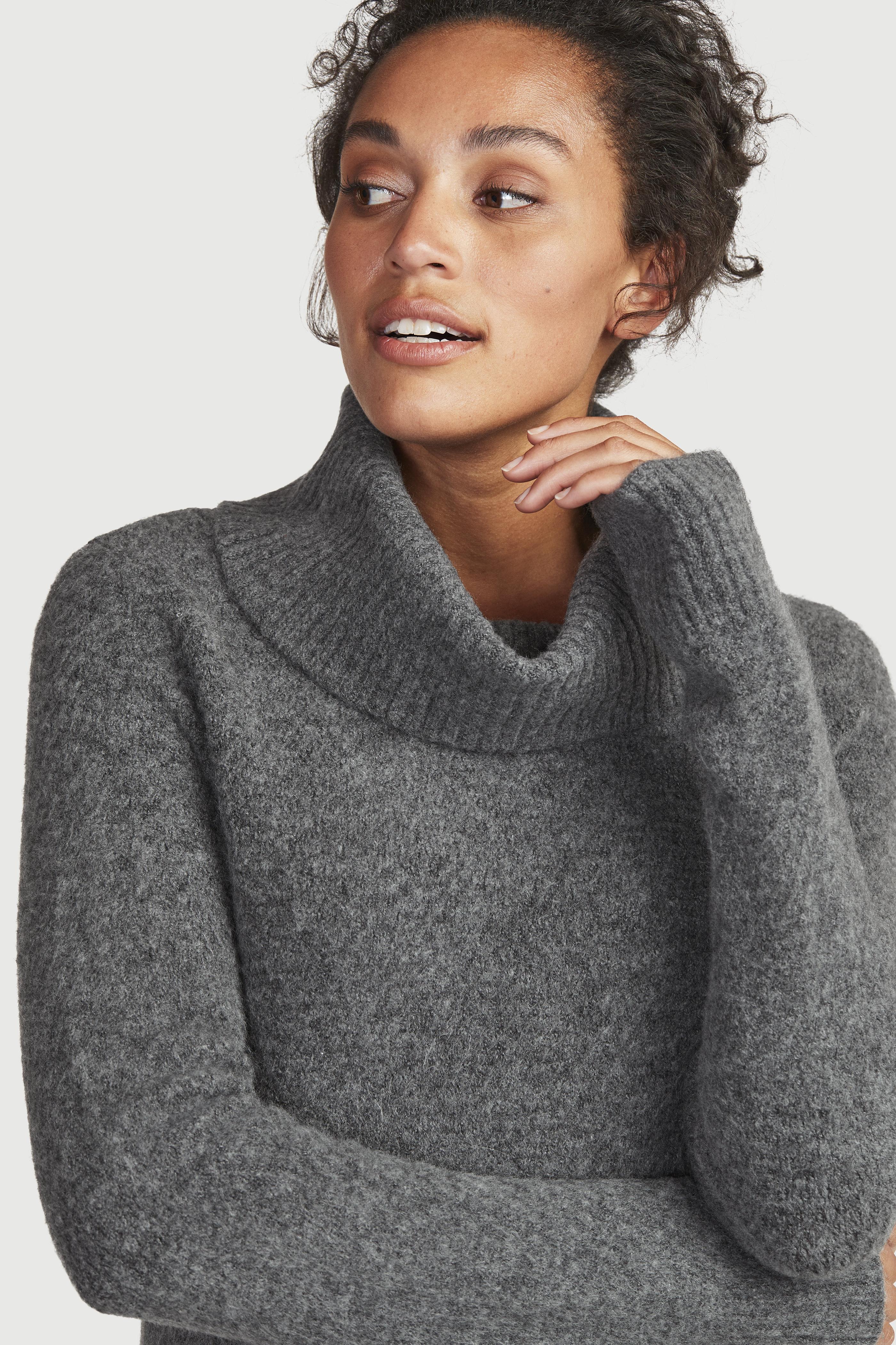 Hladce pletený svetr