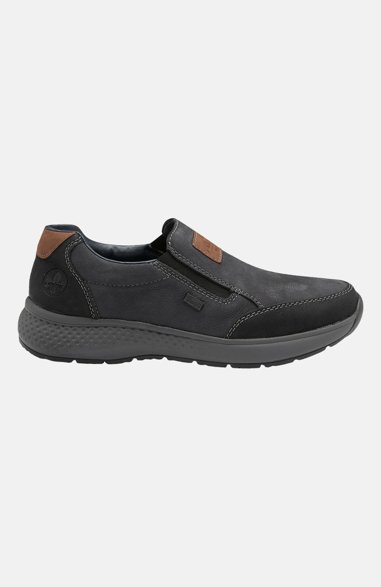 Nízká vycházková obuv