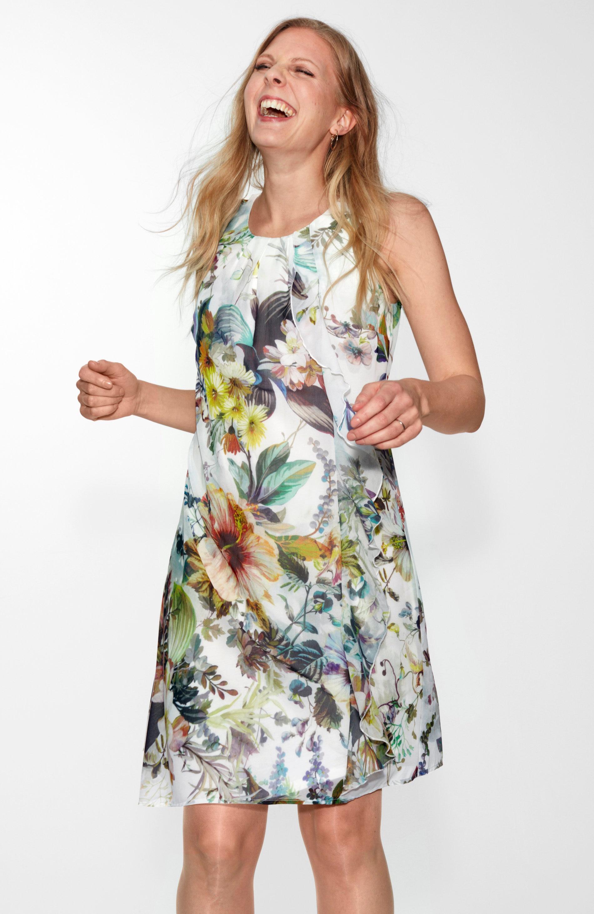 Slavnostní šaty s květovaným vzorem